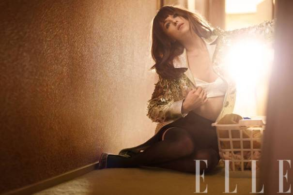 elle-03-march-cover-dakota-0312-h-xln